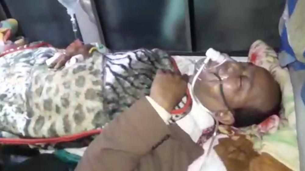 पश्चिम बंगाल राज्यका श्रममन्त्री जाकिर हुसेनबम आक्रमणमा घाइते